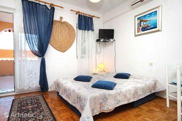 Novalja, Living room u smještaju tipa apartment, dostupna klima, dopusteni kucni ljubimci i WIFI.