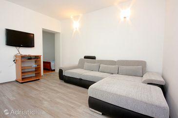 Mandre, Living room u smještaju tipa apartment.