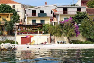 Property Podstrana (Split) - Accommodation 9412 - Apartments near sea with pebble beach.