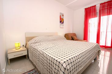 Room S-9464-a - Apartments and Rooms Podstrana (Split) - 9464