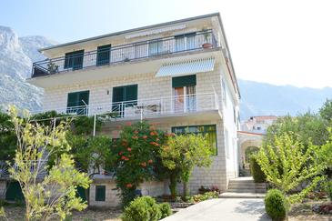 Property Baška Voda (Makarska) - Accommodation 9661 - Apartments with pebble beach.