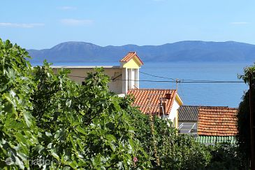 Property Brist (Makarska) - Accommodation 9674 - Apartments near sea with pebble beach.