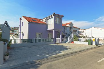Property Hvar (Hvar) - Accommodation 9680 - Apartments with pebble beach.