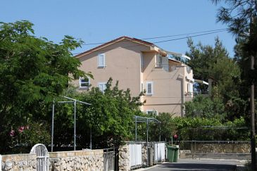 Property Novalja (Pag) - Accommodation 9683 - Apartments near sea with pebble beach.