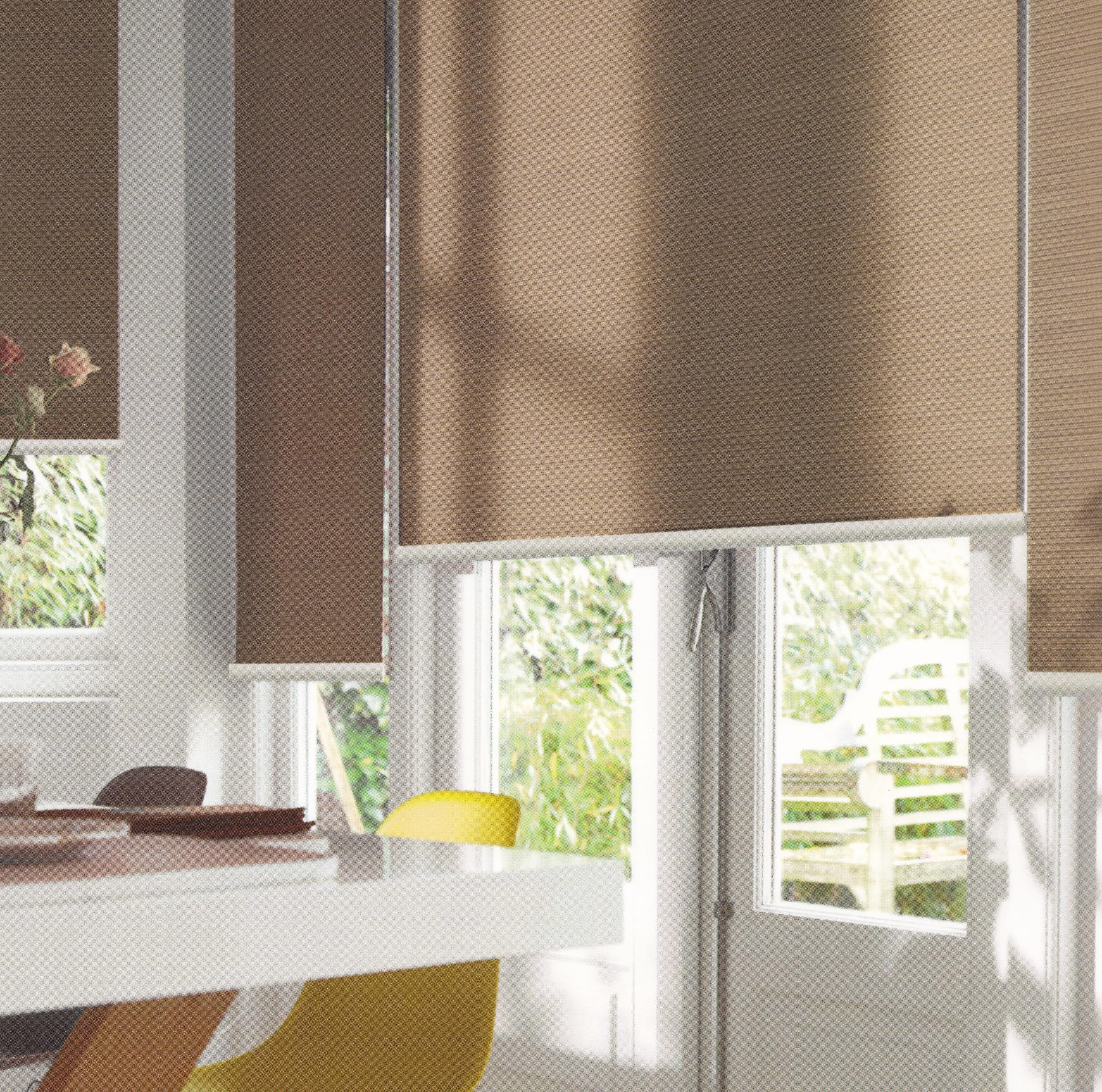 Luxaflex® Essentials Translucent Roller