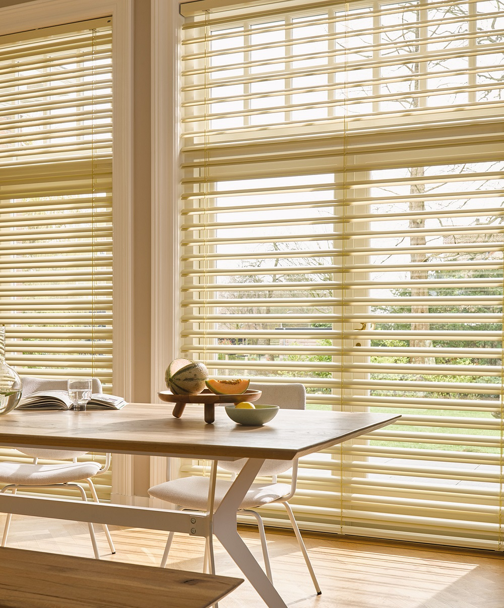 Luxaflex Mega View Metal Venetain Image 4