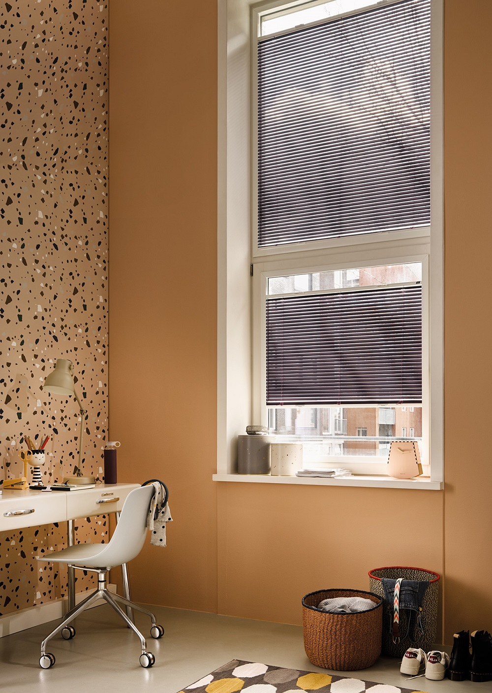 Luxaflex Top down Metal Venetain Image 3