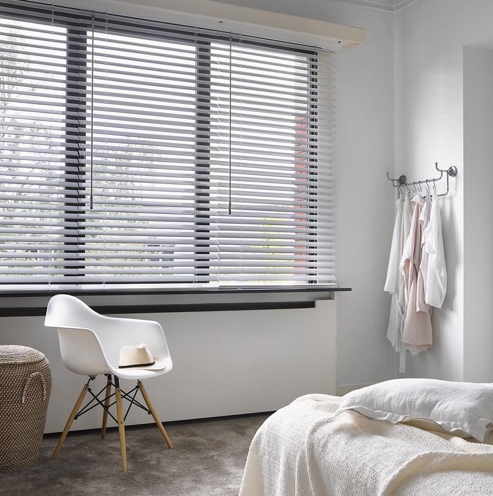 Luxaflex wood bedroom