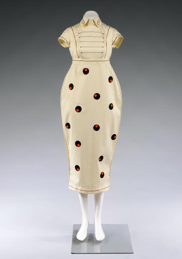 Dress, William Brown, 1980. Museum no. T.19-2012