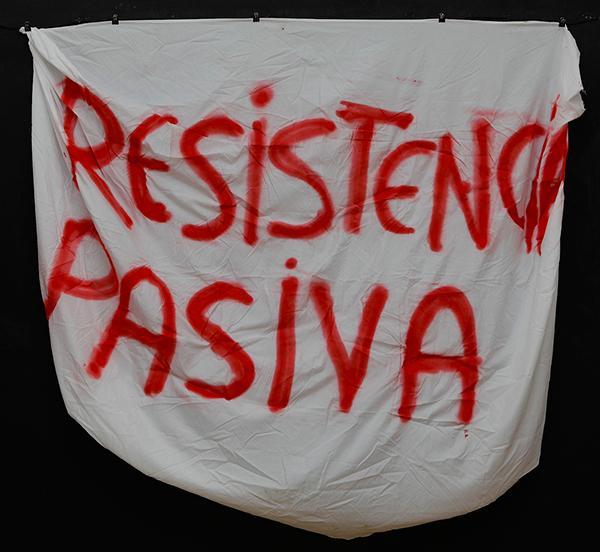 """""""PASSIVE RESISTANCE"""". Archivo 15M. CC"""
