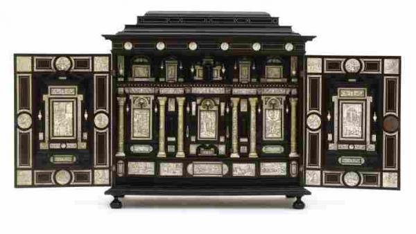 Fiamengo Cabinet