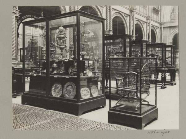 Victoria and Albert Museum, interior view (South Court)