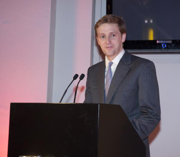William Cavendish, Lord Burlington, delivering the opening speech for 'William Kent'