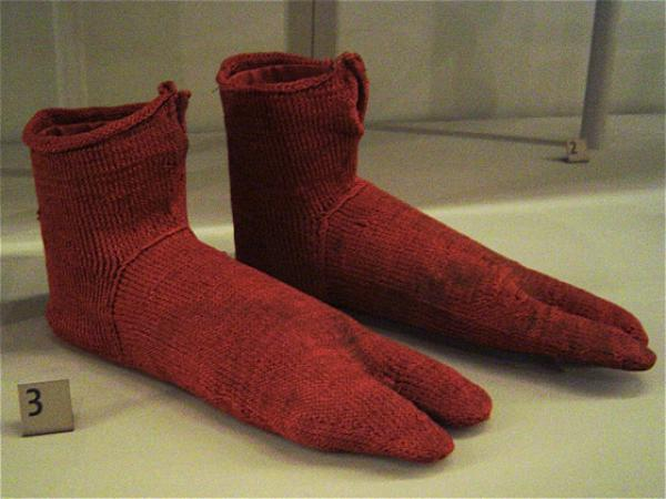 Two toed socks