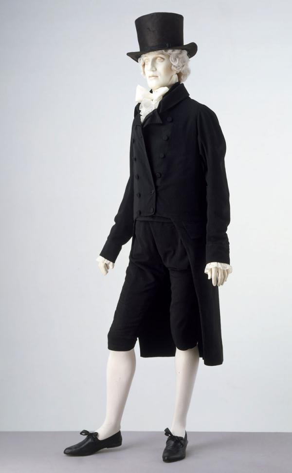 Day suit, unknown maker, 1800-1817. Museum no. 371-1908