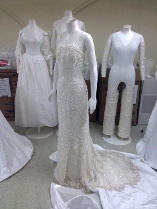 Gwen stefani wedding dress museum