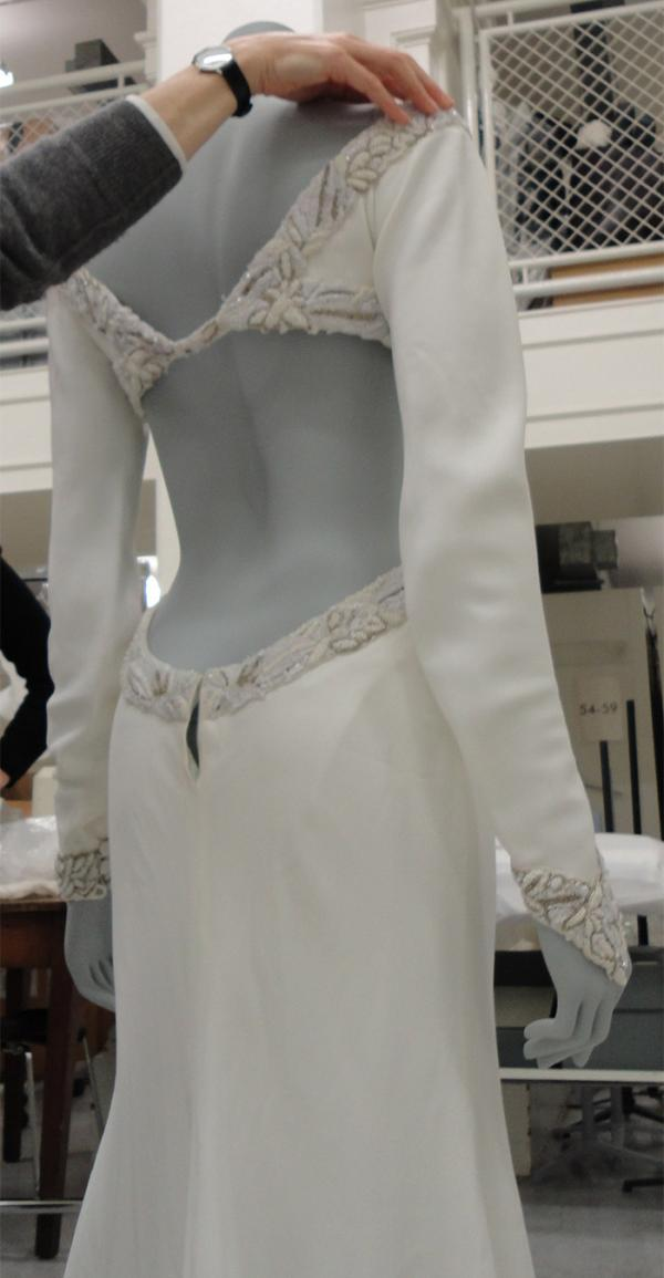 Wedding Dress, designed by Bruce Oldfield, London, 1992. Museum no. T.198-1997. Given by Ms Julia Bridges. © Victoria and Albert Museum, London