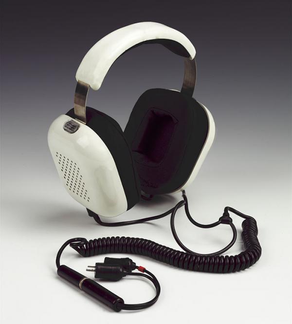 Wharfedale Isodynamic headphones, Rank Radio International Ltd., 1973. Museum no. CIRC.466-1973. @ Victoria and Albert Museum, London