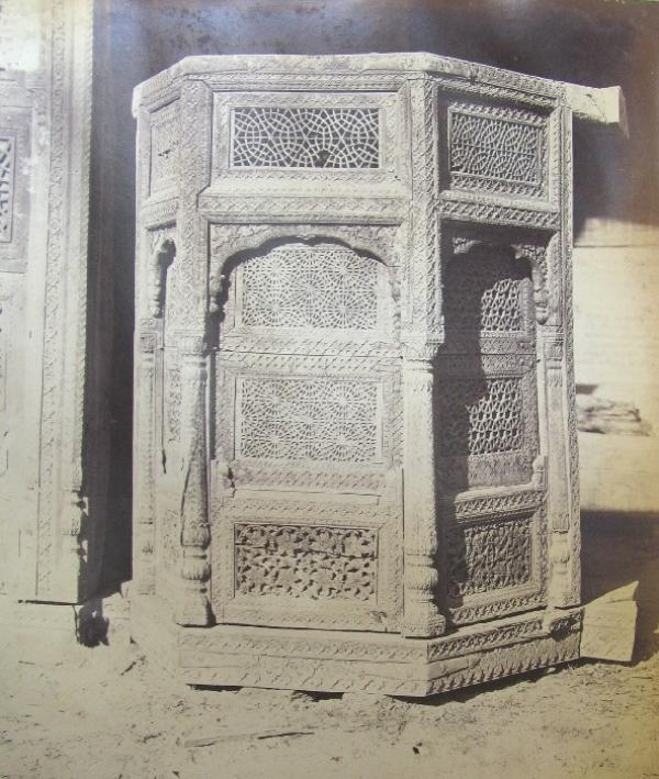 Carved Deodar wood bay window from a Merchant's house, Lahore