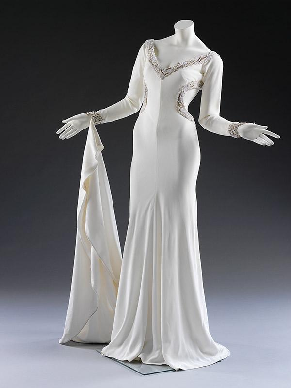 A typical three quarter turn shot of T.198-1997. Worn by Lisa Butcher in 1992. © Victoria and Albert Museum, London