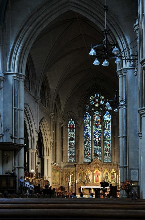 St Mary Abbots church interior