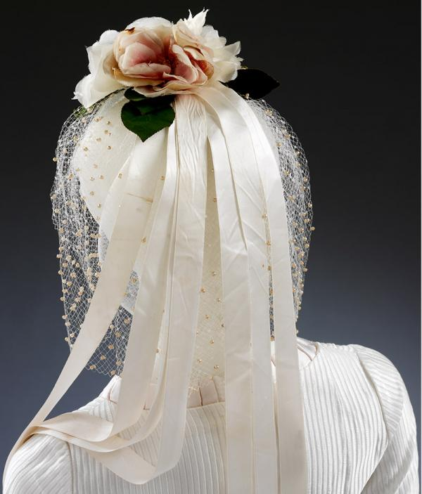Headdress made and worn by Wendy Ramshaw for her wedding in 1962. © Victoria and Albert Museum, London