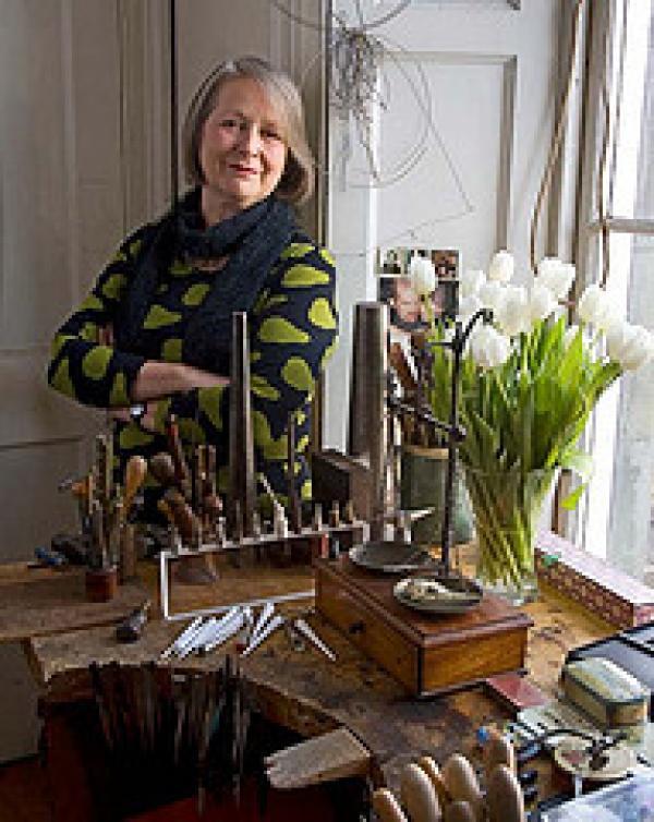 Dorothy Hogg MBE