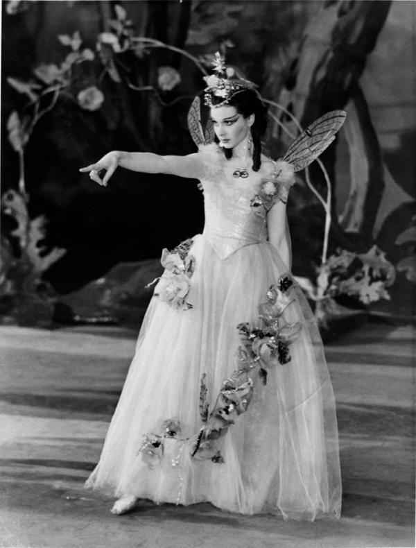 Vivien Leigh as Titania in A Midsummer Night's Dream, Old Vic, 1937, © Victoria & Albert Museum, London