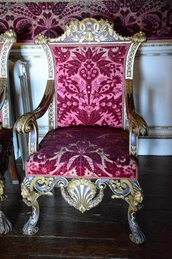 Armchair from Houghton Hall by William Kent, probably carved by James Richards