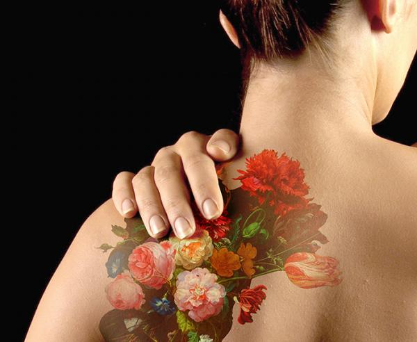 Droog created a tattoo inspired by a flower painting in the collection called Still life with flowers by Jan Davidszn de Heem from the 17th Century.