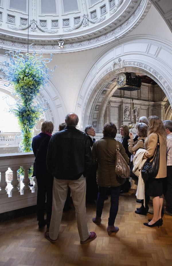 Free daily tours. © Victoria and Albert Museum, London