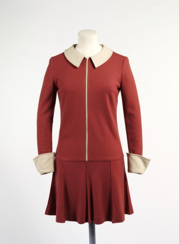 Dress by Mary Quant, London, 1964, museum no. T.352-1974 © Victoria and Albert Museum, London
