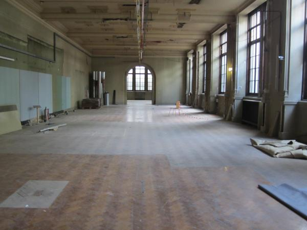 Gallery 3: looking back to Gallery 4