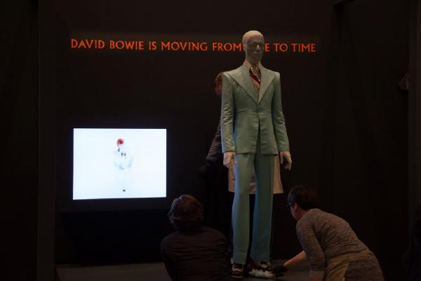 The installation of David Bowie at the Martin-Gropius-Bau, Berlin. © Avantgarde, Foto Thomas Bruns