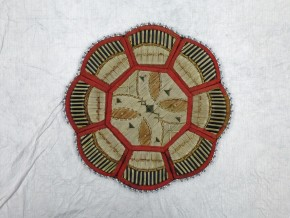 Tray, porcupine quills, Huron, mid-19th century © Victoria and Albert Museum, London