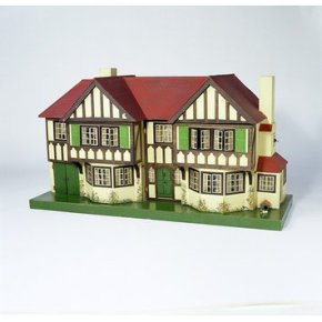 Tri-ang Dolls' House, Misc.35-1977 (c) V&A Museum, London