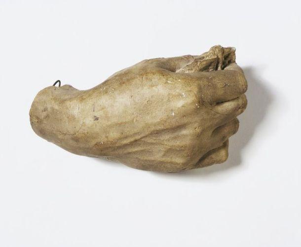 Right hand of Arthur Wellesley, 1st Duke of Wellington (1769-1852), plaster cast, Sir Joseph Edgar Boehm, ca. 1884-88. Museum no. REPRO.1892-119 © Victoria and Albert Museum