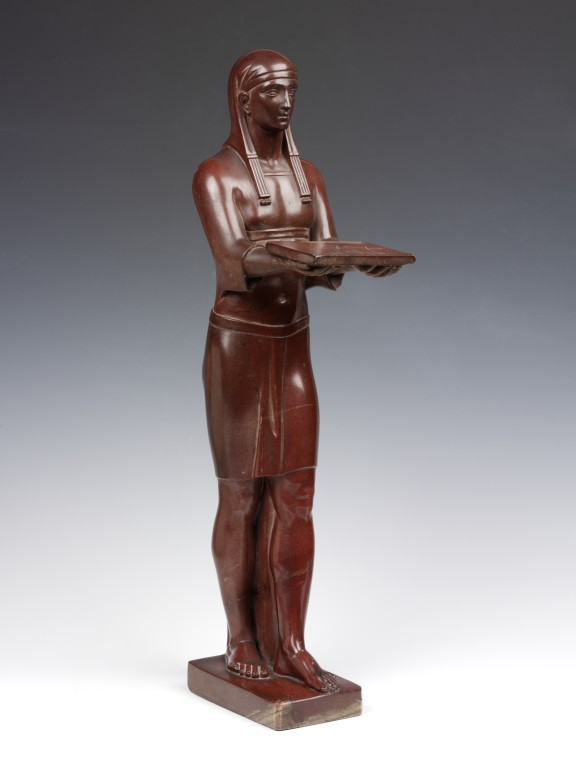 Egyptian figure statuette, marble (rosso antico), probably Italy, about 1800. V&A A.4-1974
