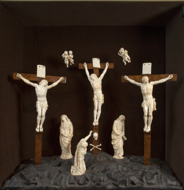 The Crucifixion, ivory group, by Pierre Simon Jaillot, France, 1664. V&A A.1-1984