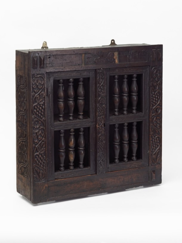 Wall cupboard possibly used to store glass drinking vessels, England, 1600-1620, W.131-1919. Victoria and Albert Museum, London.