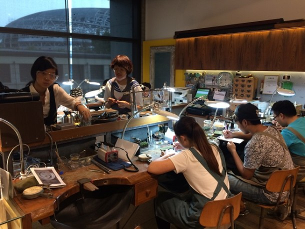 Jewellery workshop at Eslite in Songshan Creative Park, Taipei