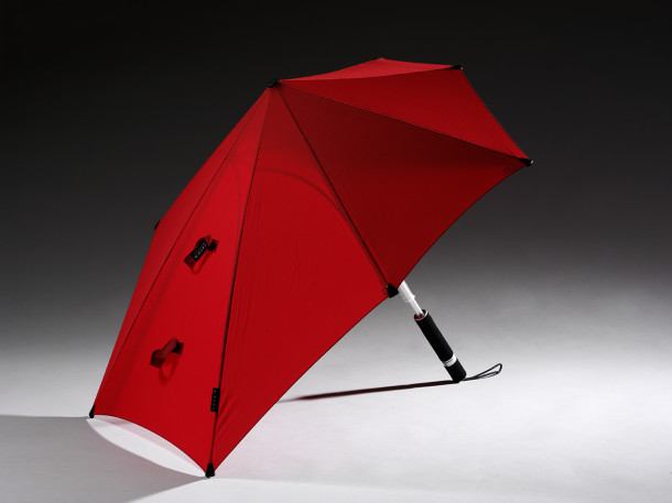 Storm umbrella by Senz; designed 2004-2005, Delft; manufactured 2014-2015 in China © Victoria and Albert Museum, London