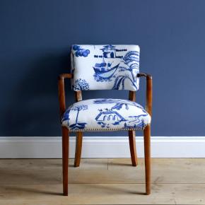 Bluebellgray chair