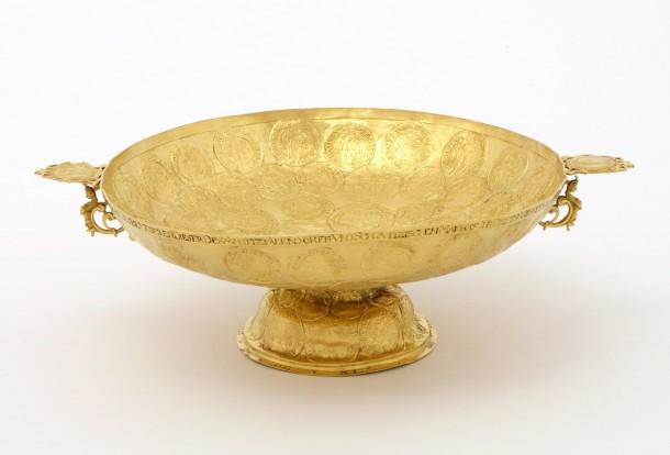 Gold tazza, Silesia, 1619; diam. 23cm