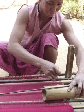Traditional techniques of hand weaving
