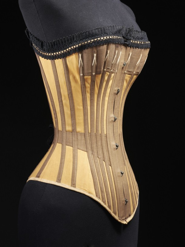 T.90&A-1984 Cotton and lace corset, 1890 © V&A Collection