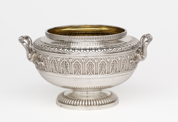 Sugar basin; silver and ivory, London, 1809-1810 (marked). Height 10.1 cm. Museum no. LOAN:Gilbert.815-2008