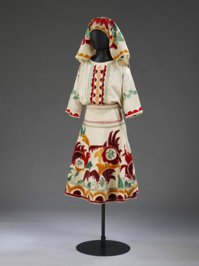 S.830-1981, Costume for the Snow Maiden in Leonide Massine's ballet Le Soleil de nuit designed by Mikhail Larionov, Diaghilev Ballet, 1915.