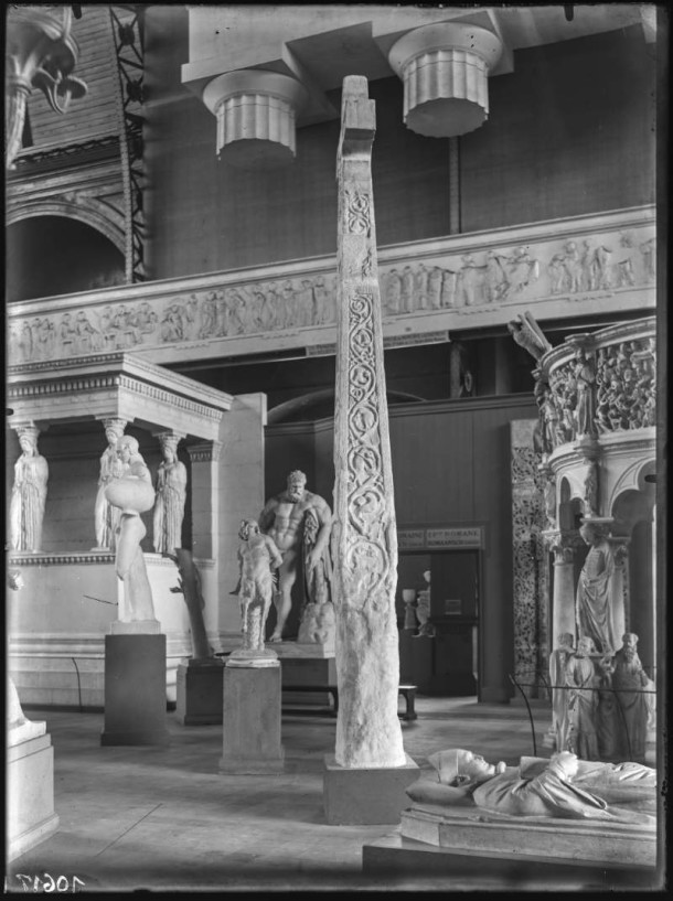Plaster casts on display in the Bordiaux Hall, ca. 1900 ©KIK-IRPA, Brussels www.kikirpa.be