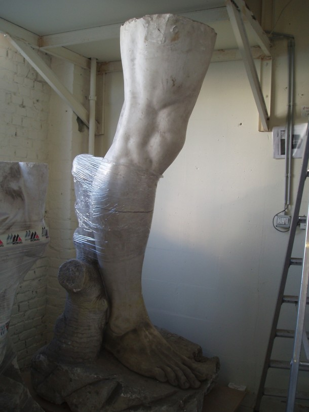 David's right leg stored offsite ©KMKG-MRAH, Brussels